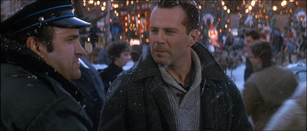 die-hard-2-bruce-willis-2